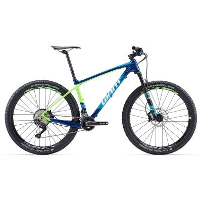 Giant XtC Advanced 2 Carbon Mountain Bike 2017