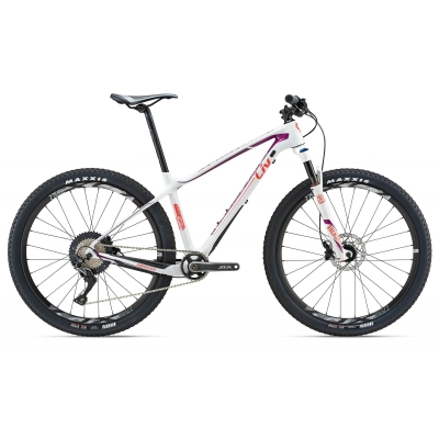 Liv/Giant Obsess Advanced 2 Women's Carbon Mountain Bike 2018